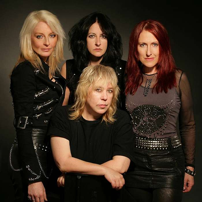 girlschool_1