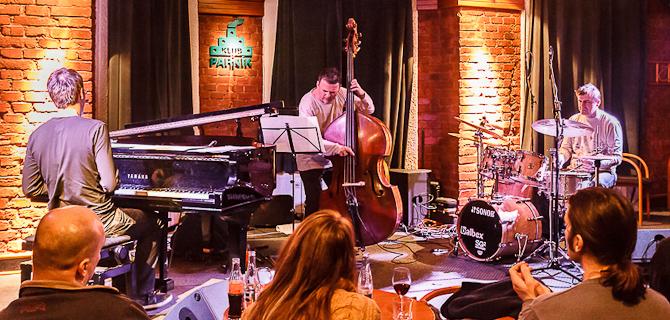 Parník na jazzových vlnách – Robert Balzar Trio koncert